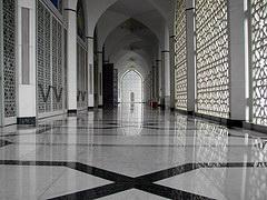 ruang-legar-masjid-gambar-hiasan.jpg